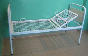 Прокат кровать медицинская для лежачих больных 2-х секционная (на колесах)